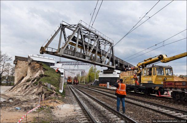 Как демонтируют мост