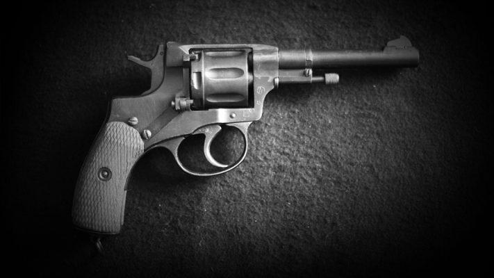 Как  устроен револьвер системы наган