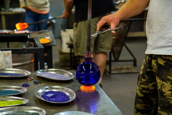Как из «горстки» стекла выдуть вазу для фруктов