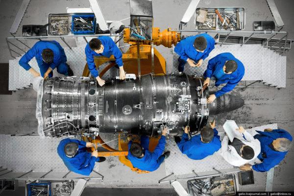 Как производят авиадвигатели
