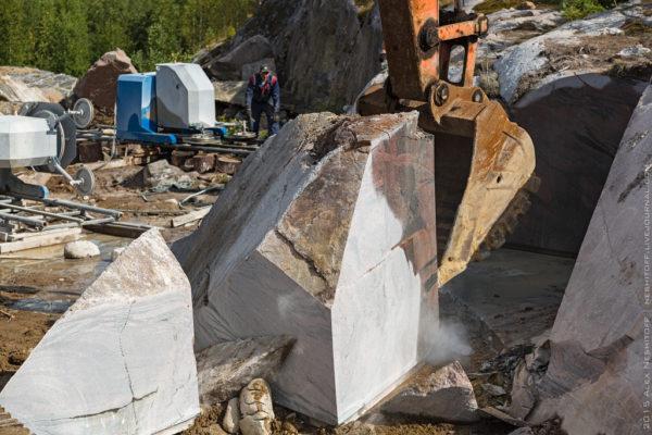 Как добывают блочный камень