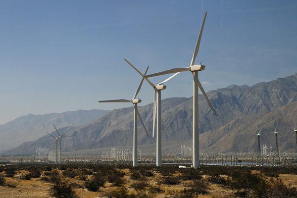 Как устроена ветроэлектростанция в Калифорнии