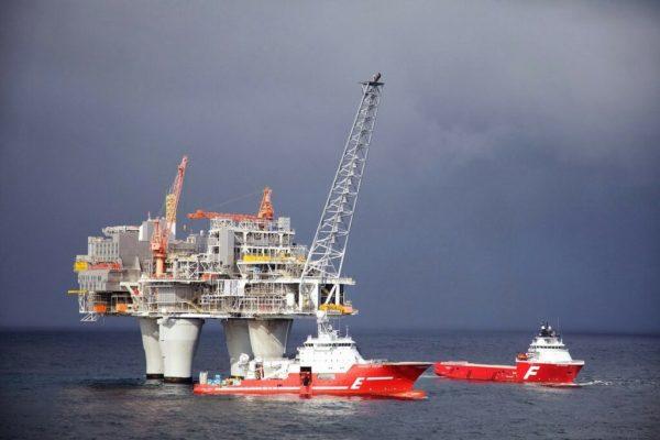 Как строили нефтяную платформу