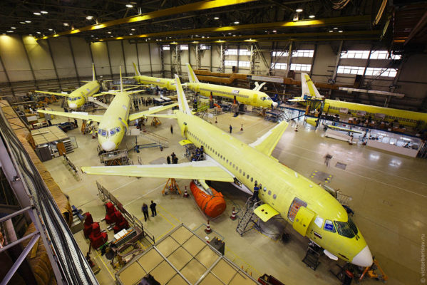 Как собирают самолет Sukhoi Superjet 100