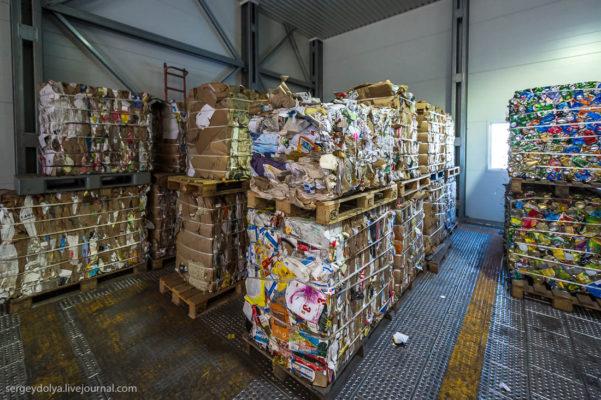 Как сортируют мусор на острове Шпицберген