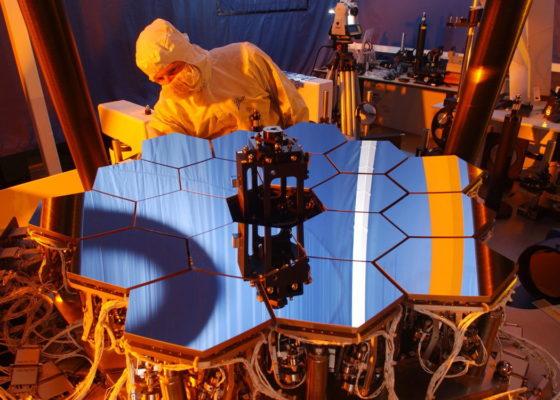 Как собирают телескоп Уэбба