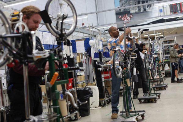 Фабрика по сборке складных велосипедов