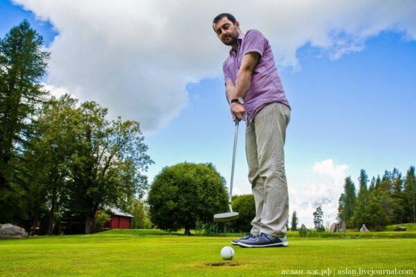 Как играют в гольф