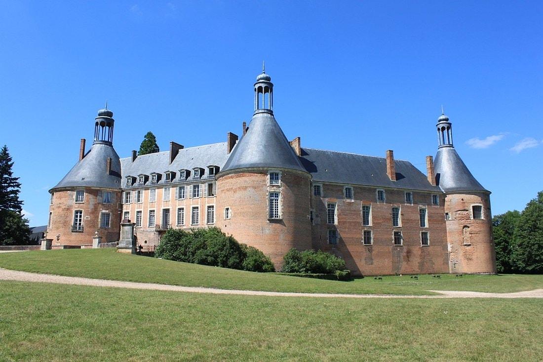 Как построить средневековый замок за 25 лет