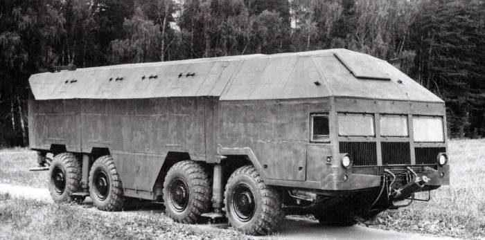 Советский мобильный бункер на колесах