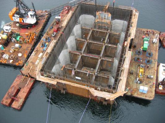 Как строят опоры для мостов под водой