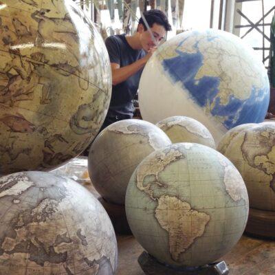Как делают глобусы ручной работы