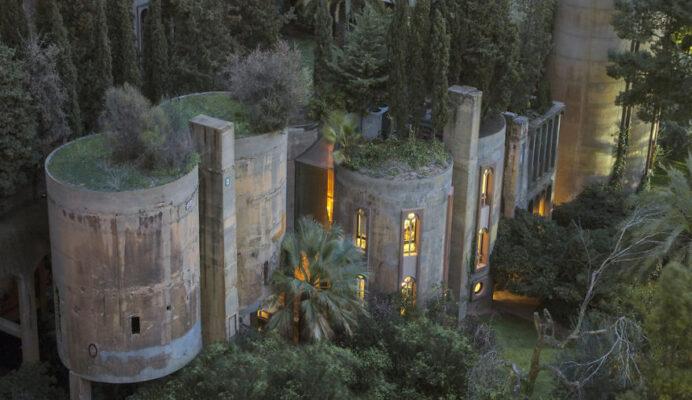 Как превратить цементный завод в роскошный особняк