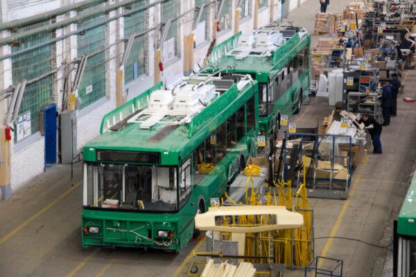 Как собирают троллейбусы